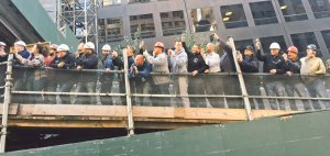 ny-construction-workers-looking-for-trump